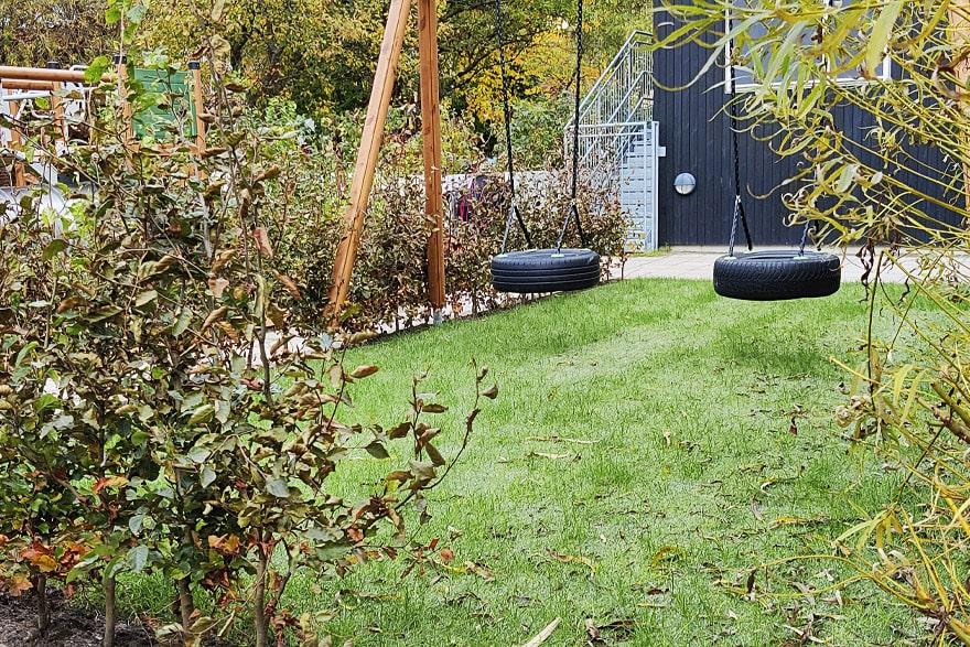green-hybrid-grass-playground-4